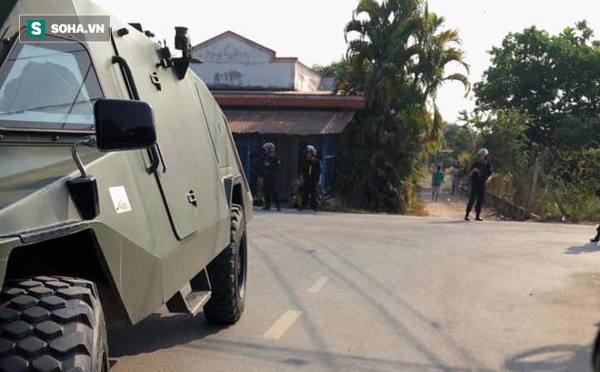 500 cảnh sát trang bị vũ khí đang truy bắt kẻ bắn chết 5 người ở Sài Gòn: Dùng flycam để áp sát vòng vây