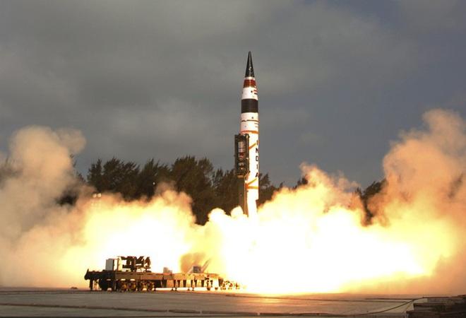 Ấn Độ sẽ phát triển tên lửa hạt nhân có tầm bắn vượt châu Á - Ảnh 2.