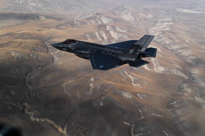 Vận đen của nhà sản xuất máy bay F-35: Pháo 25 mm vô dụng, 800 lỗ hổng chết người? - Ảnh 7.