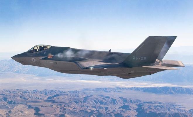 Vận đen của nhà sản xuất máy bay F-35: Pháo 25 mm vô dụng, 800 lỗ hổng chết người? - Ảnh 3.