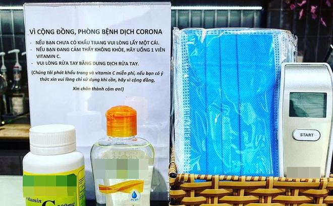 Không chỉ tặng khẩu trang phòng virus corona, quán cà phê ở TP HCM còn có nhiều hành động ấm lòng