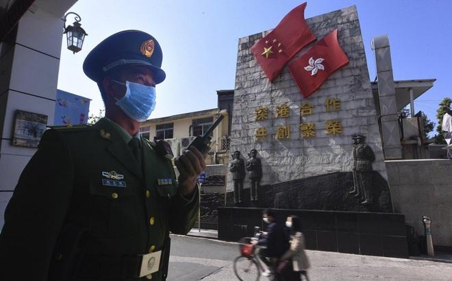 """Người Hồng Kông trước lựa chọn sinh tử: """"Thà chịu mất việc"""" còn hơn đến TQ đại lục và nhiễm virus corona"""