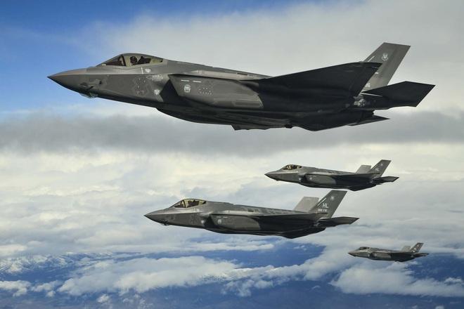Vận đen của nhà sản xuất máy bay F-35: Pháo 25 mm vô dụng, 800 lỗ hổng chết người? - Ảnh 9.