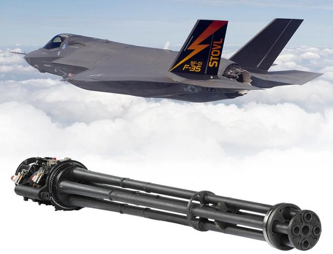 Vận đen của nhà sản xuất máy bay F-35: Pháo 25 mm vô dụng, 800 lỗ hổng chết người? - Ảnh 1.