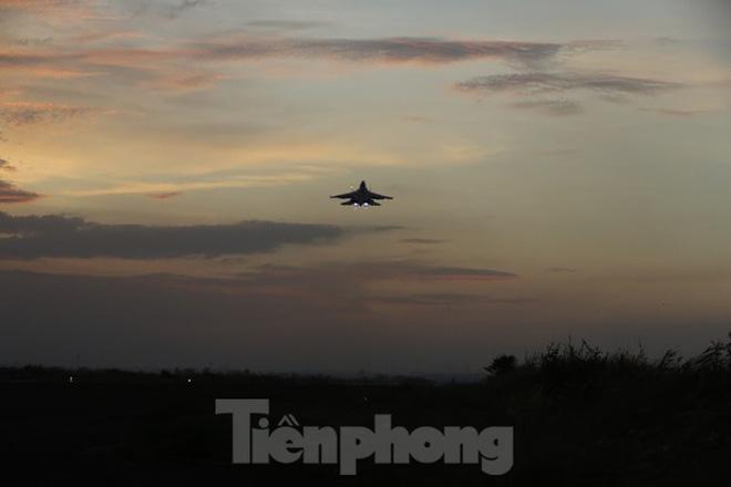 Su-30MK2 – Những thiên binh canh trời - giữ biển - Ảnh 11.