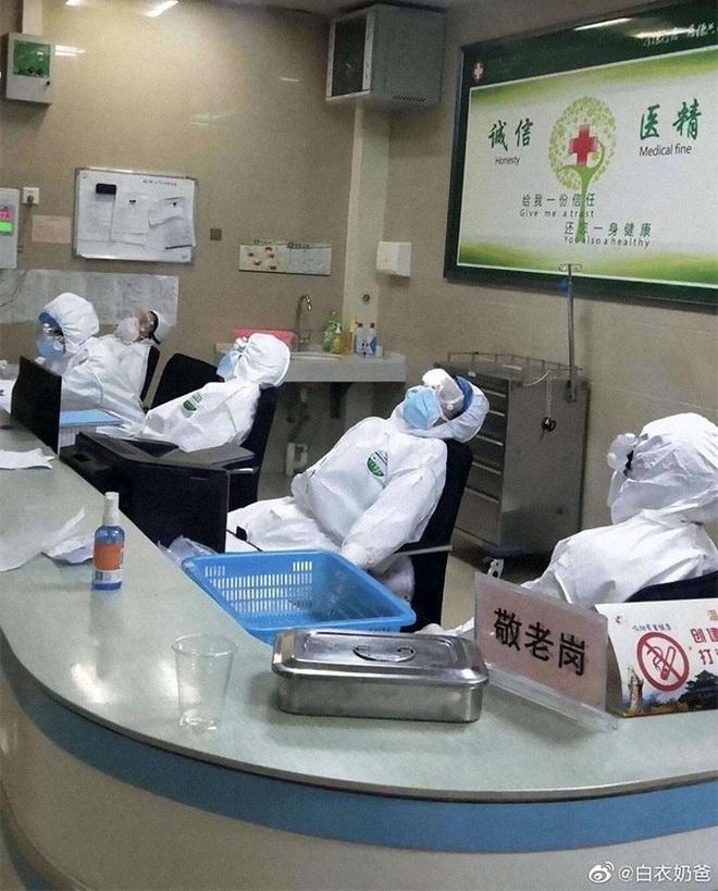 Thông điệp ý nghĩa của Thủ tướng Lý Hiển Long giữa đại nạn virus corona - Ảnh 12.