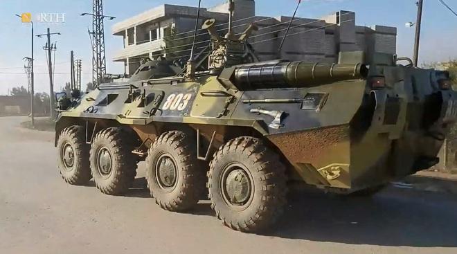 Mỹ bất ngờ tiếp tục chặn đoàn xe tuần tra của quân cảnh Nga - Ảnh 15.
