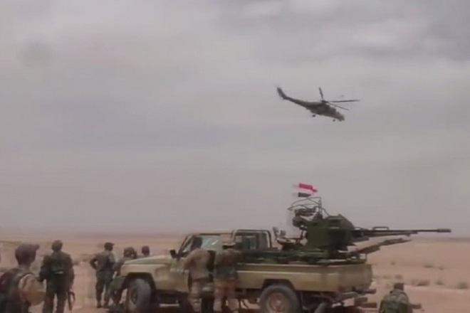 Mỹ bất ngờ tiếp tục chặn đoàn xe tuần tra của quân cảnh Nga - Ảnh 3.