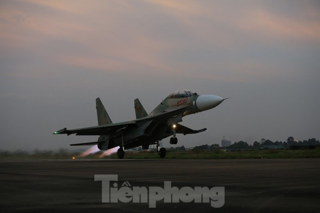 Su-30MK2 – Những thiên binh canh trời - giữ biển - Ảnh 8.