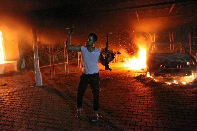 """""""Nợ máu phải trả bằng máu"""", trước khi tử nạn ở Baghdad, vị tướng Iran là chủ mưu sát hại một Đại sứ Mỹ? - Ảnh 6."""