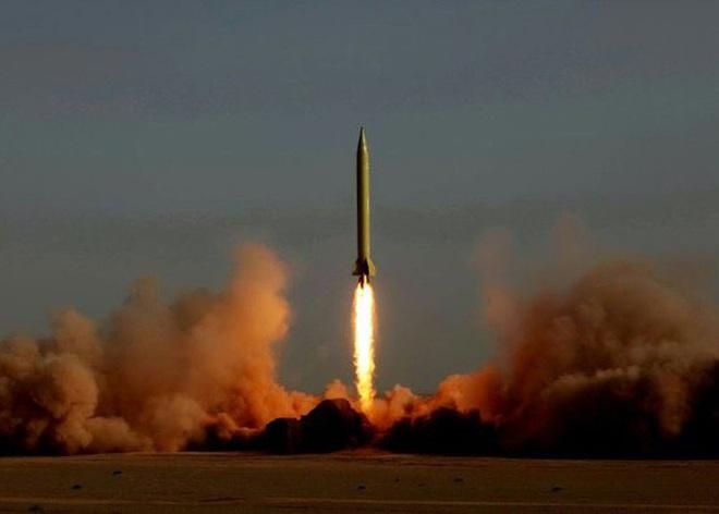 [ẢNH] Tên lửa mang đầu đạn hạt nhân Iran có thể trả đũa Mỹ sau khi tư lệnh bị ám sát - Ảnh 13.