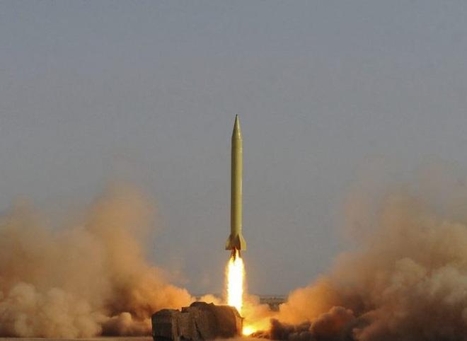 [ẢNH] Tên lửa mang đầu đạn hạt nhân Iran có thể trả đũa Mỹ sau khi tư lệnh bị ám sát - Ảnh 15.