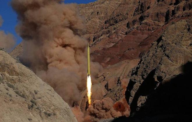 [ẢNH] Tên lửa mang đầu đạn hạt nhân Iran có thể trả đũa Mỹ sau khi tư lệnh bị ám sát - Ảnh 4.