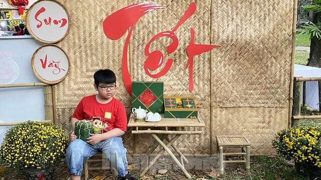 Người Sài Gòn ùn ùn đi chơi Tết sớm - Ảnh 15.