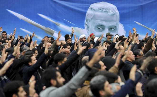 """Iran giăng lưới bủa vây, Mỹ bị """"chiếu bí"""", giết hại tướng Iran là hành động """"cực chẳng đã""""?"""