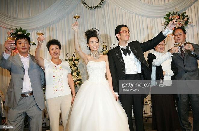 Cuộc sống của Trương Vô Kỵ kinh điển: 2 lần tan vỡ hôn nhân, dính bê bối cờ bạc, mua dâm - Ảnh 3.