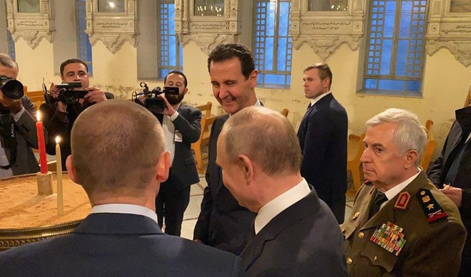Su-35 mang tên lửa hộ tống, TT Putin bất ngờ tới thăm Syria ngay lúc Mỹ và Iran căng thẳng đỉnh điểm - Ảnh 3.