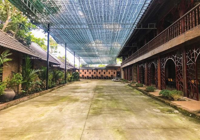 [Ảnh] Hàng trăm người cưỡng chế, tháo dỡ 2.000m2 công trình sai phạm tại Gia Trang quán – Tràm Chim Resort ở Sài Gòn - Ảnh 6.