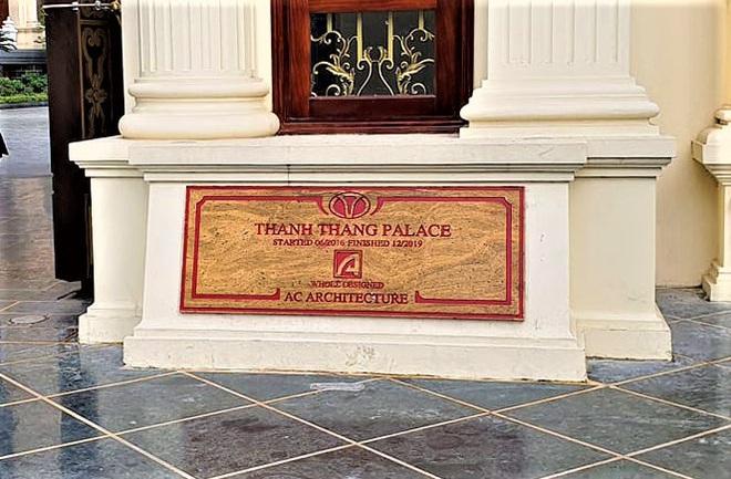 Cận cảnh lâu đài dát vàng giá nghìn tỷ của đại gia Ninh Bình - Ảnh 1.