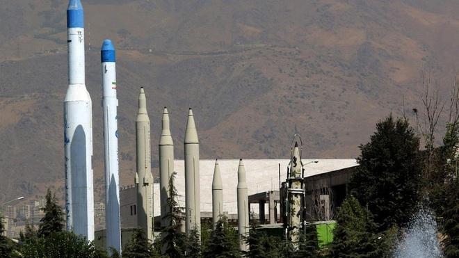Iran dọa Mỹ bằng tên lửa mang 10 đầu đạn hạt nhân, đương lượng nổ 4,2 MT - Ảnh 4.