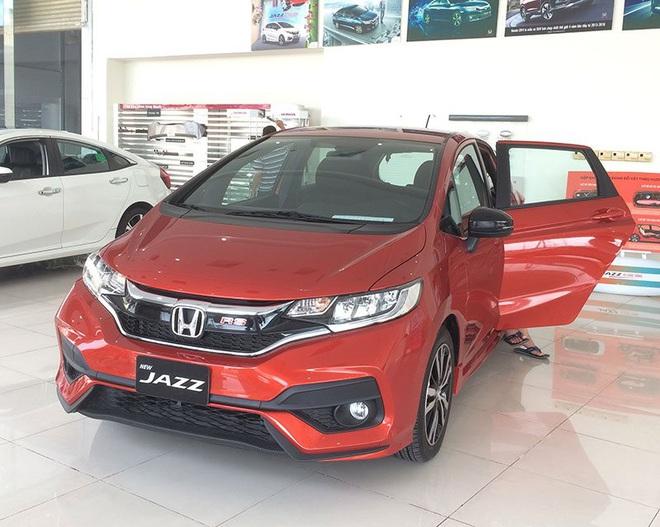 500 triệu mua được cả xe 7 chỗ, giá xe tại Việt Nam ngày càng rẻ hơn? - Ảnh 6.