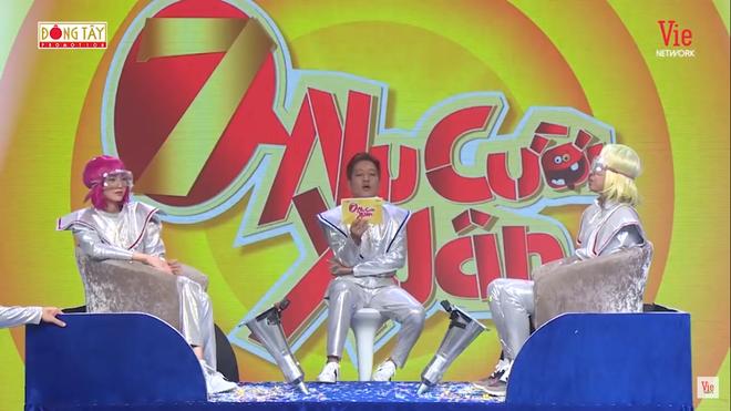 Trường Giang xin lỗi khán giả vì ám ảnh Nhã Phương, đòi ăn vợ trên truyền hình - Ảnh 4.