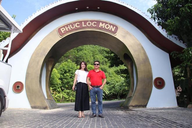 Danh hài Chí Trung đã ly hôn người vợ gắn bó hơn 30 năm, có bạn gái mới là doanh nhân - Ảnh 3.