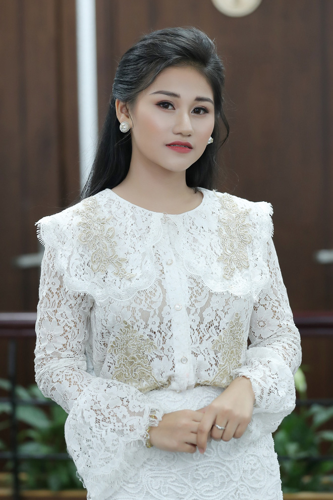 Nữ ca sĩ 19 tuổi - Lê Minh Ngọc: Ngày nhỏ, tôi nghịch lắm, mẹ nhiều lần đã phải khóc vì tôi - Ảnh 8.