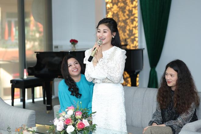 Nữ ca sĩ 19 tuổi - Lê Minh Ngọc: Ngày nhỏ, tôi nghịch lắm, mẹ nhiều lần đã phải khóc vì tôi - Ảnh 5.