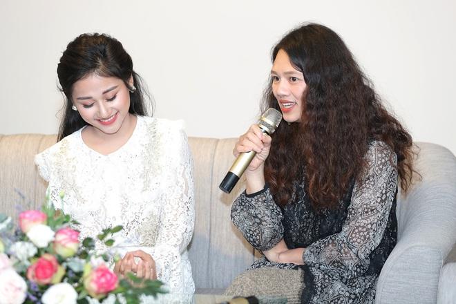 Nữ ca sĩ 19 tuổi - Lê Minh Ngọc: Ngày nhỏ, tôi nghịch lắm, mẹ nhiều lần đã phải khóc vì tôi - Ảnh 9.