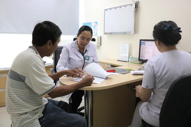 Bác sĩ Cấp cứu chia sẻ: Đây là việc cần làm giúp người bị tai nạn giao thông sống - Ảnh 1.