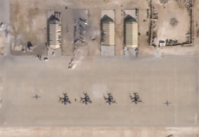 Ảnh vệ tinh hé lộ thiệt hại trong căn cứ Mỹ bị Iran giội tên lửa - Ảnh 2.