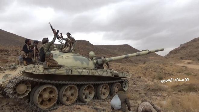 Houthi gây địa chấn, diệt-bắt 300 xe và 3.500 lính liên quân Saudi: Lần thứ 2 khủng khiếp - Ảnh 11.