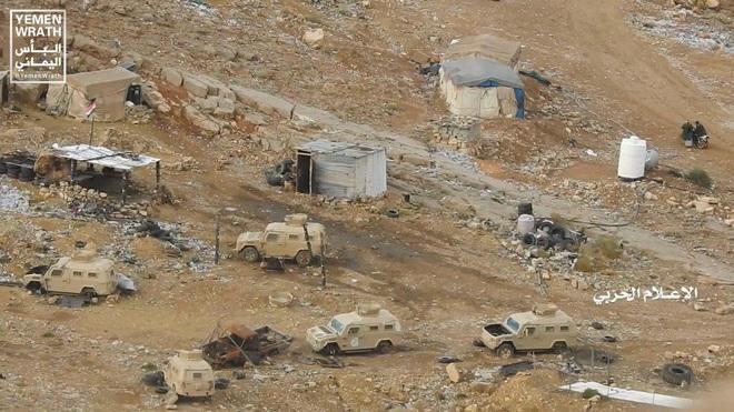 Houthi gây địa chấn, diệt-bắt 300 xe và 3.500 lính liên quân Saudi: Lần thứ 2 khủng khiếp - Ảnh 2.