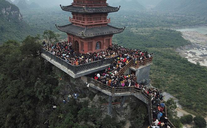 Dừng khai hội chùa Tam Chúc, Yên Tử, Ba Vàng để phòng bệnh do virus corona