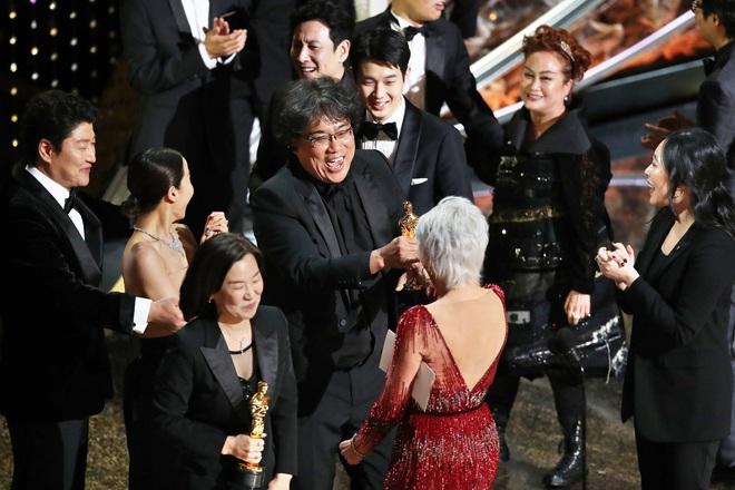 Nữ tỷ phú châu Á nhỏ bé và câu chuyện khiến cả Hollywood nín lặng - Ảnh 5.