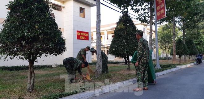 Cận cảnh Bệnh viện dã chiến TPHCM đi vào hoạt động - Ảnh 6.