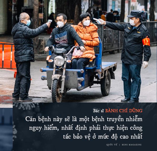 Chia sẻ của bác sĩ TQ về sự sống và cái chết ở Vũ Hán: Tôi đã khóc, có bệnh nhân quỳ xuống cầu xin tôi cho nằm viện - Ảnh 4.
