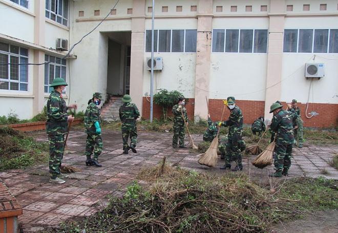 Vĩnh Phúc huy động lực lượng lắp đặt Bệnh viện dã chiến 300 giường đối phó virus Corona - Ảnh 3.