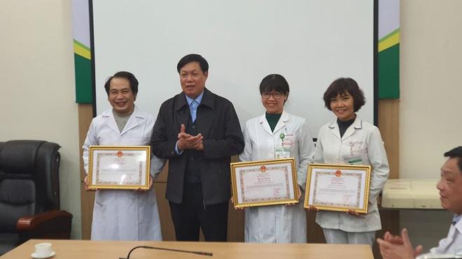 Đi vào tâm dịch Vũ Hán: Sự xả thân của 3 bác sĩ đã được ghi nhận - Ảnh 1.