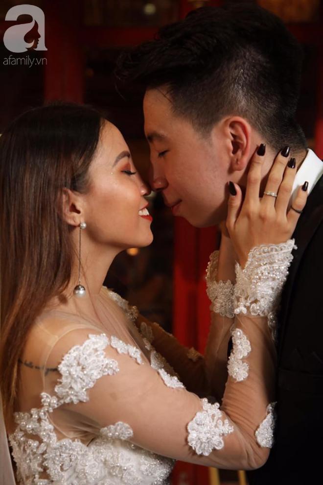 Quen qua mạng rồi cưới được Việt kiều, cặp đôi cùng bị nghi ngờ giới tính đầy tréo ngoe và sự thật hài hước bất ngờ sau khi kết hôn - ảnh 4