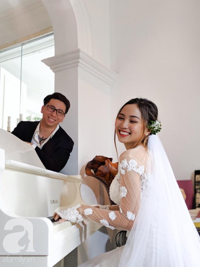 Quen qua mạng rồi cưới được Việt kiều, cặp đôi cùng bị nghi ngờ giới tính đầy tréo ngoe và sự thật hài hước bất ngờ sau khi kết hôn - ảnh 7