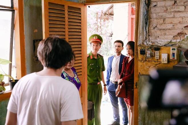 Không chỉ có Anh Đức, Trấn Thành còn một người bạn thân 20 năm khác, cũng xuất hiện trong phim Bố già - Ảnh 6.