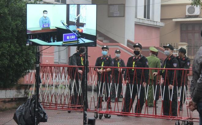 An ninh thắt chặt tại phiên xử vụ Container đâm Innova lùi trên cao tốc làm 5 người chết