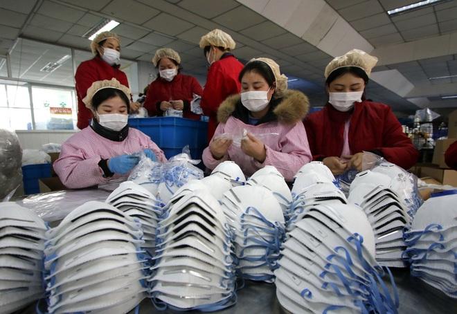 Loạt ảnh ấn tượng về cách Trung Quốc đối phó với đại dịch corona - Ảnh 12.