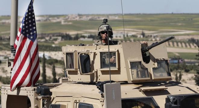 Đụng độ người Kurd, Mỹ bị tước xe bọc thép và nhiều vũ khí - Thổ lo sợ lính đánh thuê Nga tấn công ở Syria - Ảnh 1.