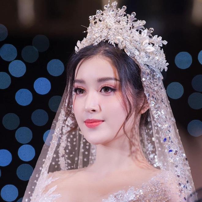 4 ông bố nổi tiếng phong độ của sao Việt đẹp trai như nghệ sĩ khiến fan lần nào nhìn thấy cũng trầm trồ không thôi - Ảnh 12.