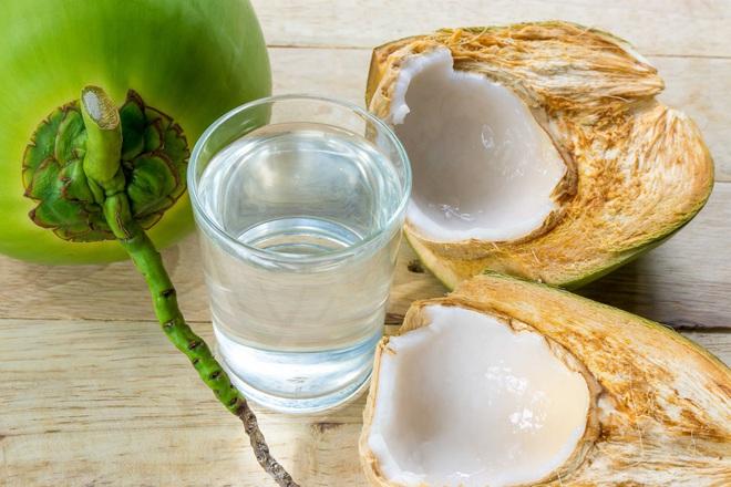 Chữa gút từ trầu không, nước dừa - Ảnh 3.