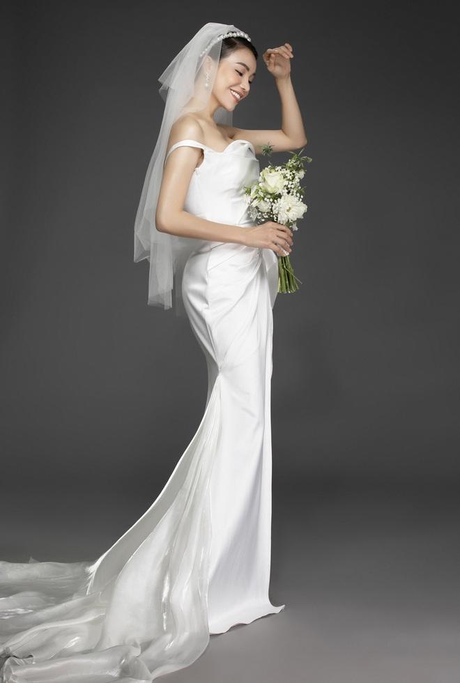 Trà Ngọc Hằng mặc váy cưới gợi cảm, khẳng định chưa có tình yêu mới - Ảnh 11.