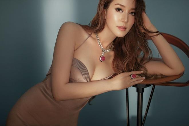 Nữ diễn viên làm dâu nhà giàu số 1 Hong Kong: Bố chồng tuyên bố thưởng nóng 3000 tỷ nếu mang bầu lần 5 - Ảnh 2.